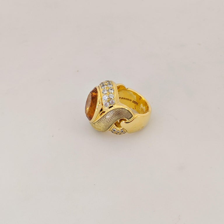 de Vroomen 18 Karat Yellow Gold, 10.77 Carat Citrine, Diamond and Enamel Ring In New Condition For Sale In New York, NY