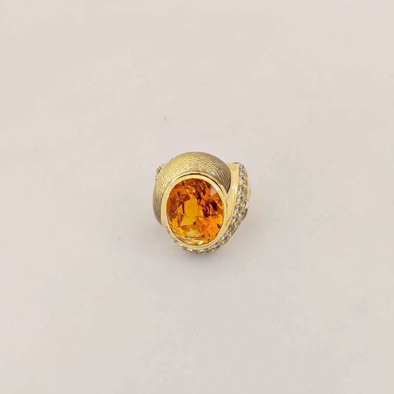 de Vroomen 18 Karat Yellow Gold, 10.77 Carat Citrine, Diamond and Enamel Ring For Sale 1