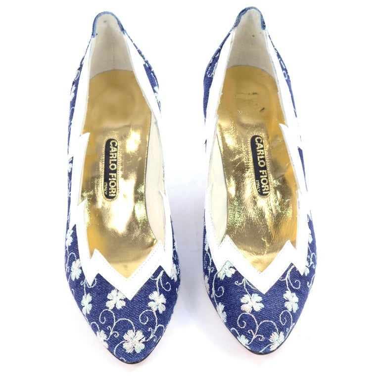 5a9c1d8abaf61 Deadstock Carlo Fiori Navy Blue & White Embroidered Shoes Unworn Size 7B