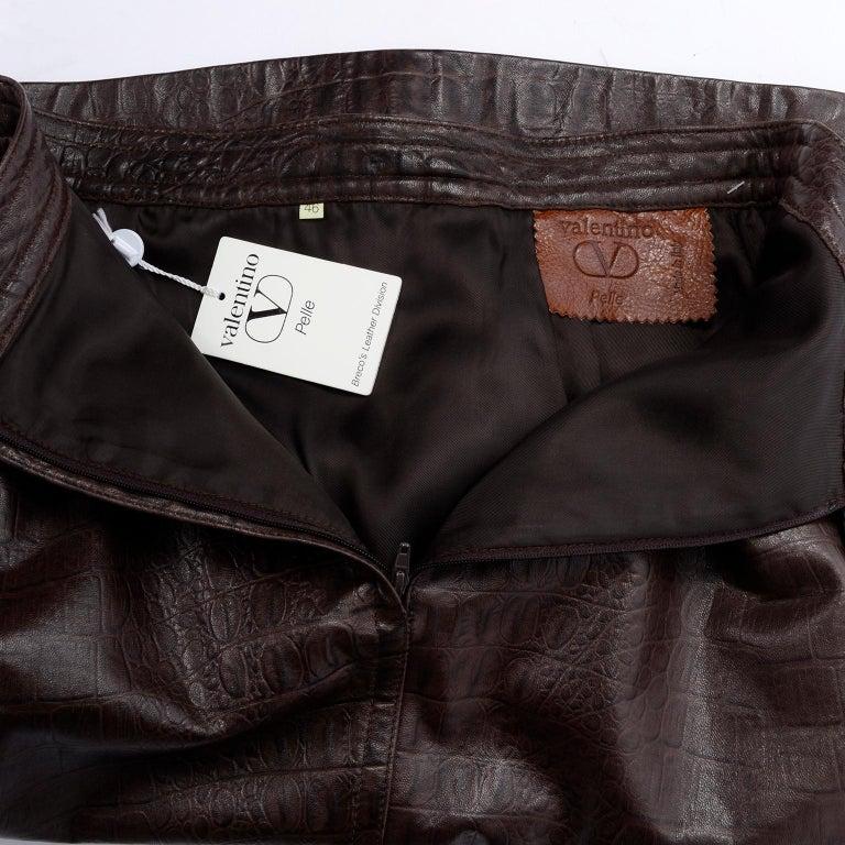 Deadstock Vintage New Valentino Alligator Print Embossed Leather Pencil Skirt  For Sale 8