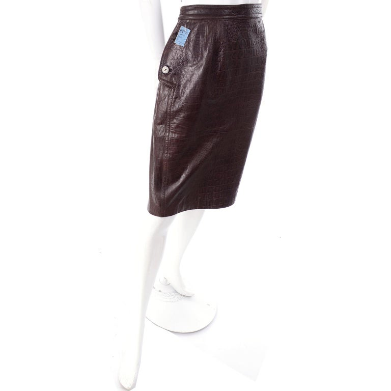 Black Deadstock Vintage New Valentino Alligator Print Embossed Leather Pencil Skirt  For Sale