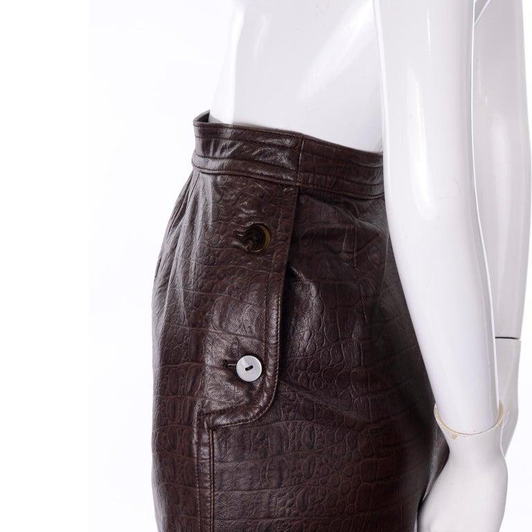 Women's Deadstock Vintage New Valentino Alligator Print Embossed Leather Pencil Skirt  For Sale