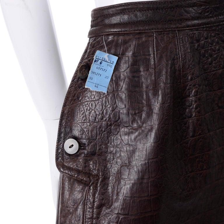 Deadstock Vintage New Valentino Alligator Print Embossed Leather Pencil Skirt  For Sale 4