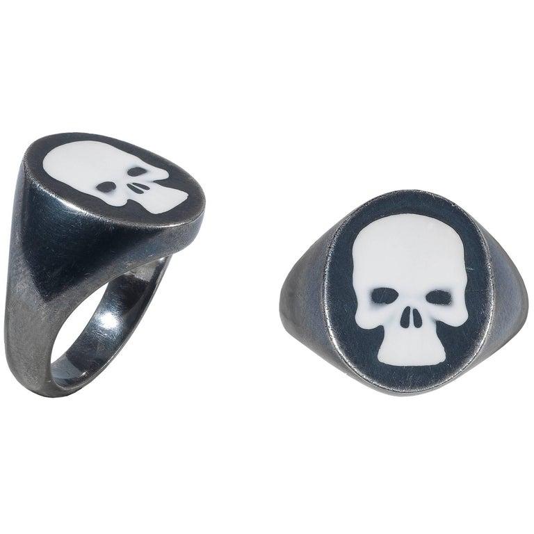 Deakin & Francis Blackened Silver Skull Signet Ring