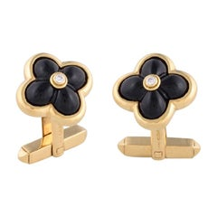 Deakin & Francis 18 Karat Gold Sugarloaf Onyx and Diamond Centre Cufflinks