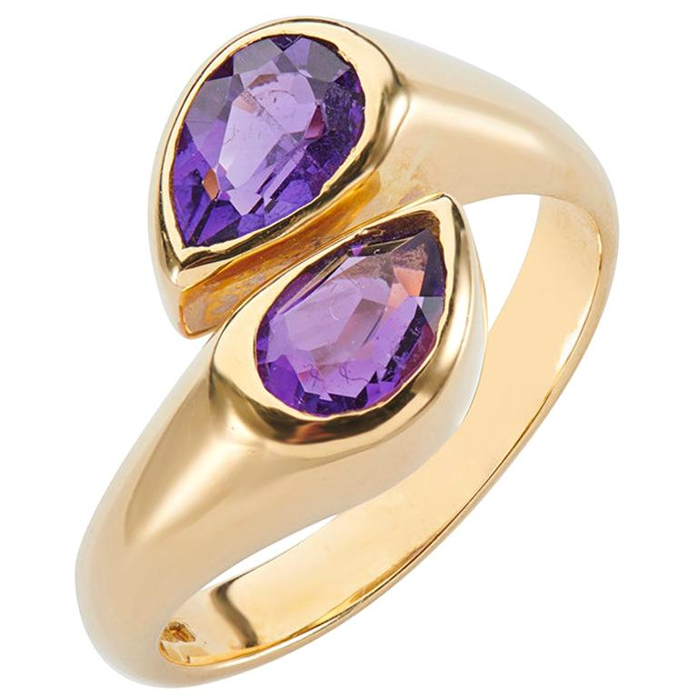 Deakin & Francis 18 Karat Yellow Gold Amethyst Ring