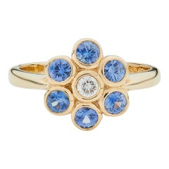 Deakin & Francis 18 Karat Yellow Gold Sapphire and Diamond Cluster Ring
