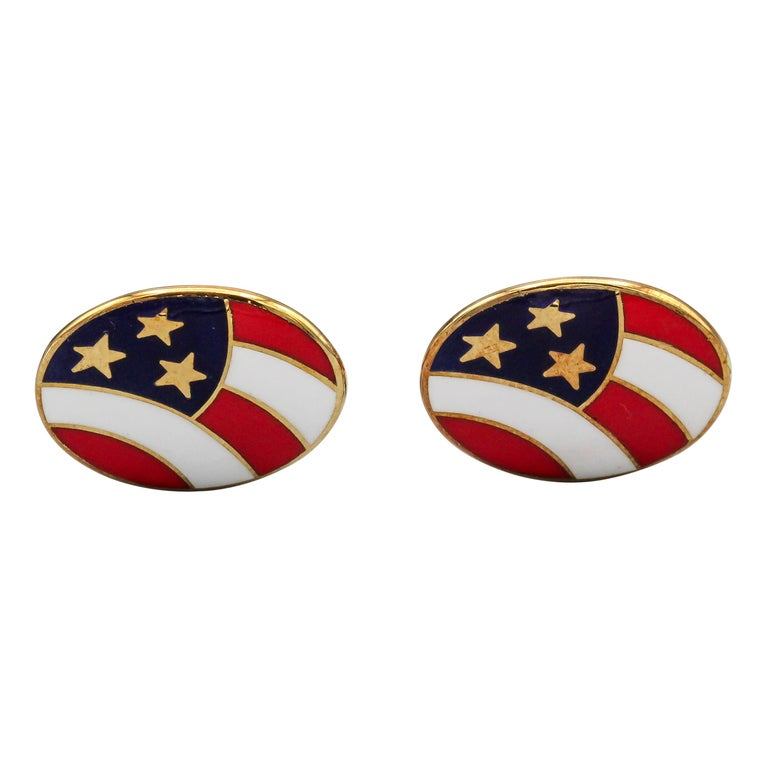Deakin & Francis Enamel and 18 Karat Yellow Gold Stars and Stripes Cufflinks For Sale