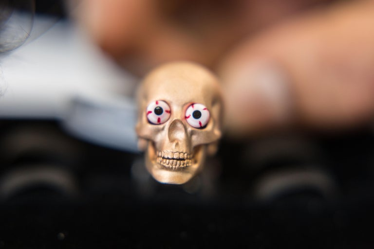 DEAKIN & FRANCIS, Piccadilly Arcade, London  Wonderfully fun and eye catching, these popping eye skulls are a great addition to the ever expanding Deakin & Francis skull offering. In a stylish rose gold satin finish, these skull cufflinks feature