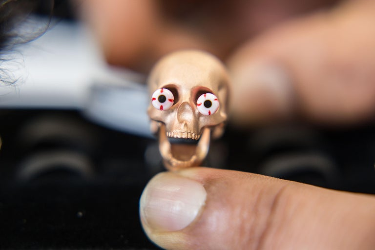 Contemporary Deakin & Francis Eye Popping Skull Cufflinks in Rose Gold Finish For Sale