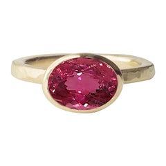 Deborah Murdoch 18 Karat Gold 3.76 Carat Oval Pink Tourmaline Cocktail Ring