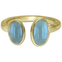 Deborah Murdoch 18 Karat Yellow Gold Blue Aquamarine Cocktail Ring