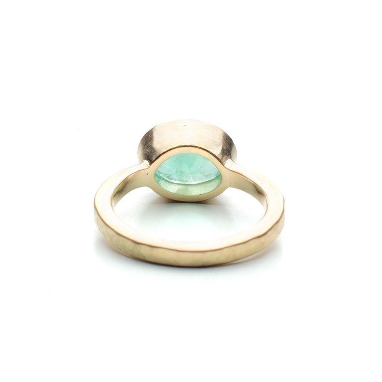Deborah Murdoch 18 Karat Yellow Gold Oval 2.14ct Green Emerald Ring In New Condition For Sale In Scotland, GB