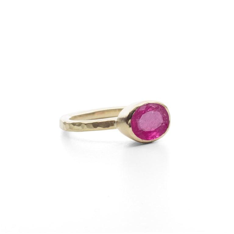 Oval Cut Deborah Murdoch 18 Karat Yellow Gold Oval 2.59ct Pink Tourmaline Cocktail Ring For Sale