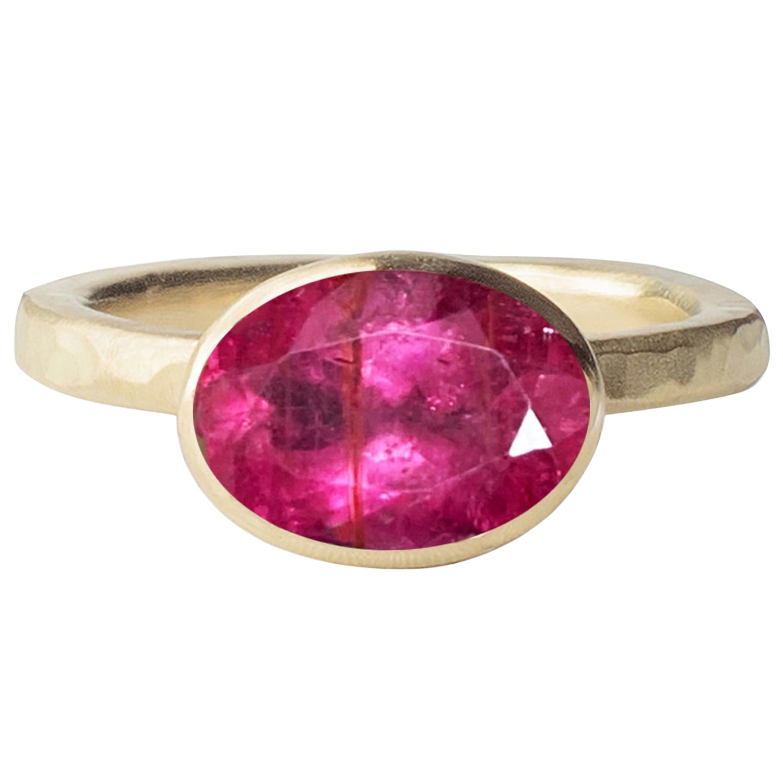 Deborah Murdoch 18 Karat Yellow Gold Oval 2.59ct Pink Tourmaline Cocktail Ring