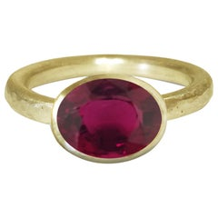 Deborah Murdoch 18 Karat Yellow Gold Oval Dark Pink Tourmaline Cocktail Ring