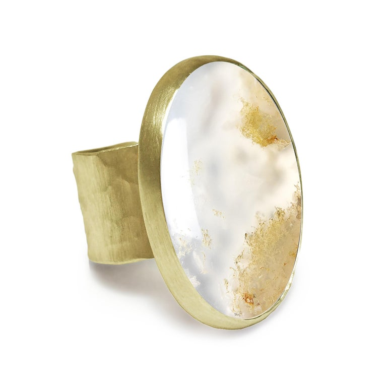 Contemporary Deborah Murdoch 18 Karat Yellow Gold Oval Moss Agate Cocktail Ring For Sale