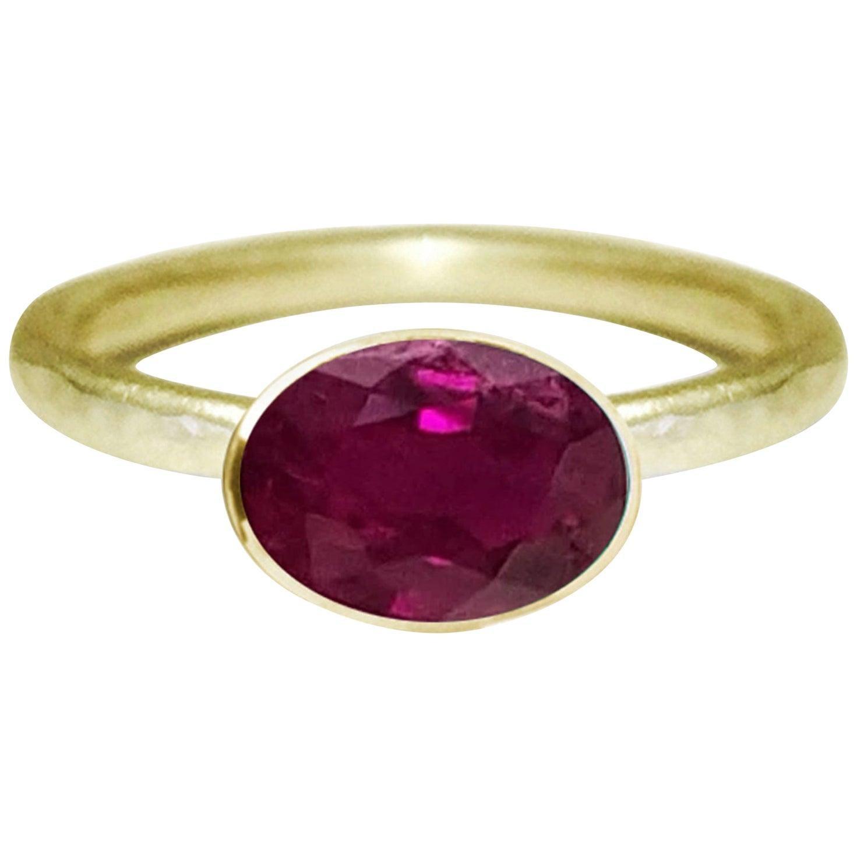 Deborah Murdoch 18 Karat Yellow Gold Oval Pigeon Blood Ruby Cocktail Ring