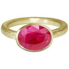 Deborah Murdoch 18 Karat Yellow Gold Oval Pink Ruby Cocktail Ring