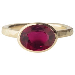 Deborah Murdoch 18 Karat Yellow Gold Oval Pink Tourmaline Cocktail Ring
