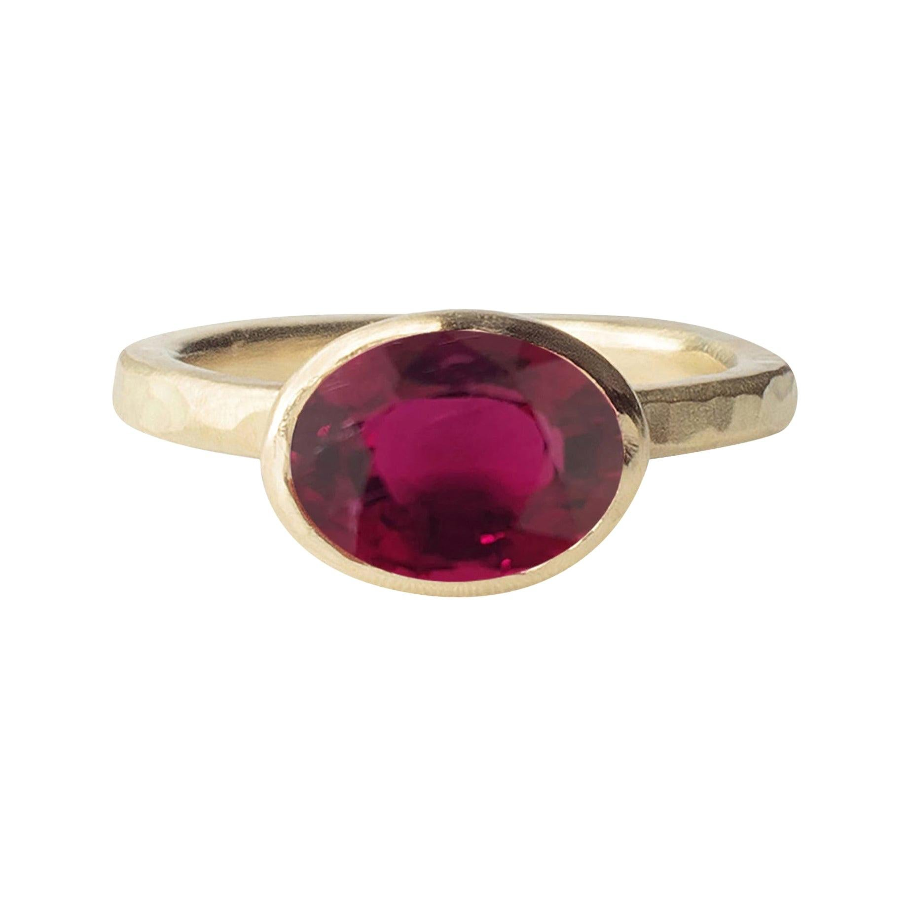 Deborah Murdoch 18 Karat Yellow Gold Oval Rich Pink Tourmaline Cocktail Ring