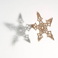 Debra Baxter, Lace Throwing Star, 2018, bronze