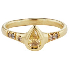 Debra Navarro Yellow Pear Diamond and 18 Karat Gold Solitaire Band Stack Ring