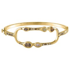 Debra Navarro Diamond and 18 Karat Gold Oval Hinged Bangle Bracelet 1.39 Carats