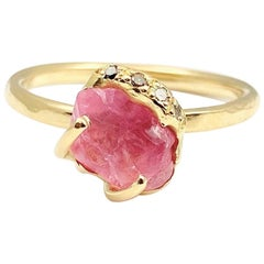 Debra Navarro Pink Spinel and Diamond 18 Karat Yellow Gold Stack Ring 2.01 Carat