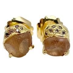 Debra Navarro Malaya Garnet and Diamond 18 Karat Gold Stud Earrings 7.37 Carat