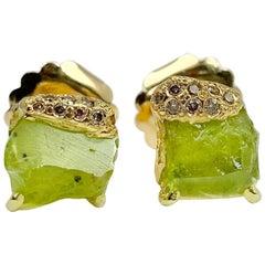Debra Navarro Peridot and Diamond 18 Karat Gold Stud Earrings 3.44 Carat