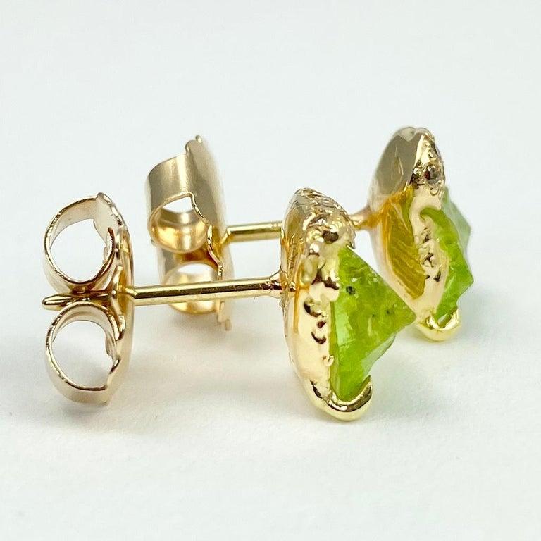 Rough Cut Debra Navarro Peridot and Diamond 18 Karat Gold Stud Earrings 3.44 Carat For Sale