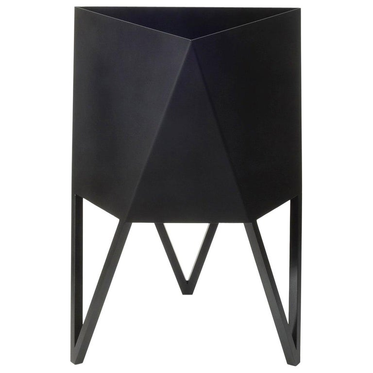 Deca Planter in Flat Black Steel, Medium, by Force/Collide For Sale