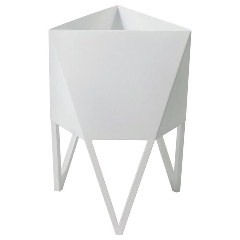 Deca Planter in Glossy White Steel, Large, by Force/Collide For Sale