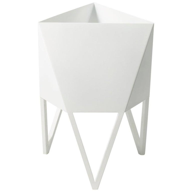 Deca Planter in Glossy White Steel, Medium, by Force/Collide For Sale