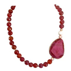 Decadent Jewels Red Faceted Agate Pearl Gold Tones Pink Agate Bead Gold Necklace