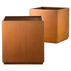 DeCastelli Cube104 Container in Steel by R & D De Castelli
