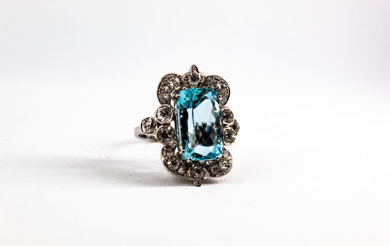 Deco 12.60 Carat Aquamarine 2.90 Carat White Diamond White Gold Cocktail Ring In New Condition For Sale In Naples, IT