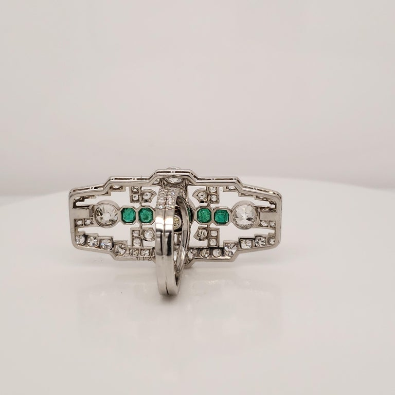 Round Cut Deco Fancy Deep Greenish Yellow Diamond and Emerald Cocktail Ring For Sale