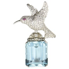 Deco Style Diamond Bird on Aquamarine White Gold Brooch or Pendant