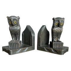 Antique and Good Size Early 20th Century Arts and Crafts Carved Owl Bookends