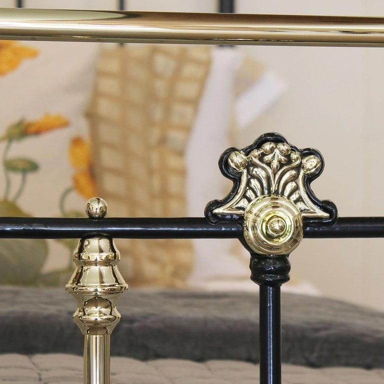 Decorative Black Antique Bed MK200 For Sale 3