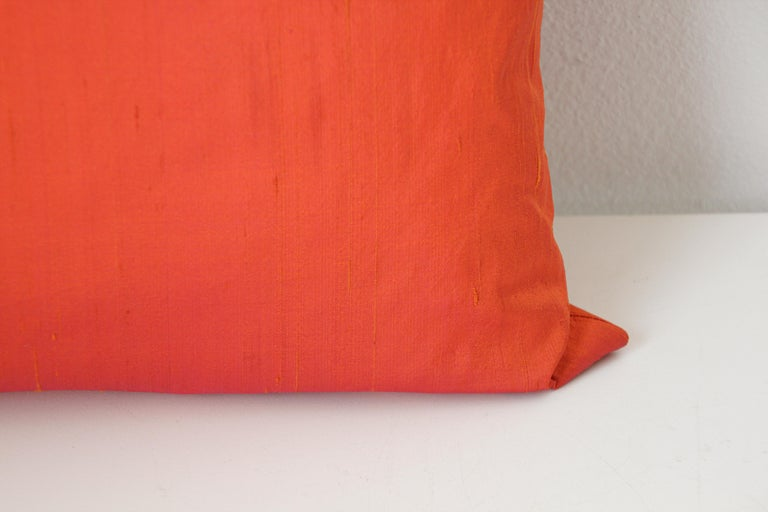 Decorative Burnt Orange Raw Silk Throw Pillow In Good Condition For Sale In North Hollywood, CA