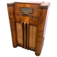Decorative Floor Radio by Farnsworth Television and Radio Corp