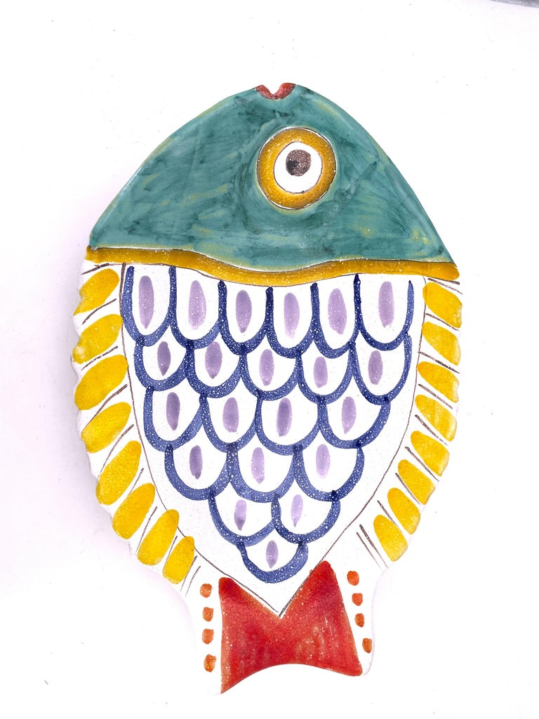 Mid-Century Modern Decorative Hand Painted Italian Ceramic Fish Serving Plater by DeSimone For Sale