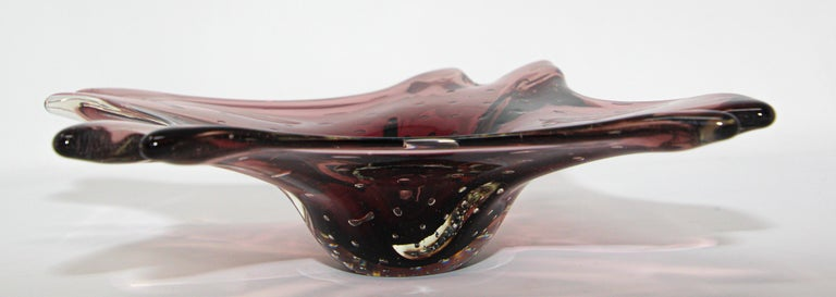 Decorative Hand Blown Art Glass Ashtray In Good Condition For Sale In North Hollywood, CA