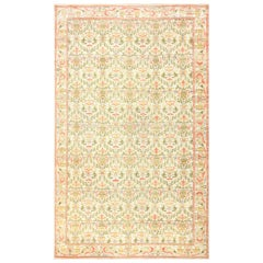 Decorative Large Antique Spanish Rug. Size: 9 ft 7 in x 15 ft 7 in