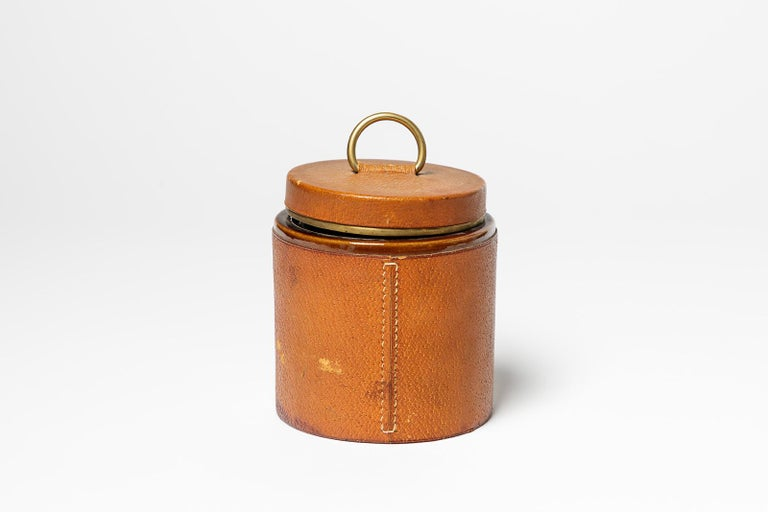 Decorative Leather and Ceramic Cigarette Box by Longchamp French Luxury In Good Condition For Sale In Neuilly-en- sancerre, FR