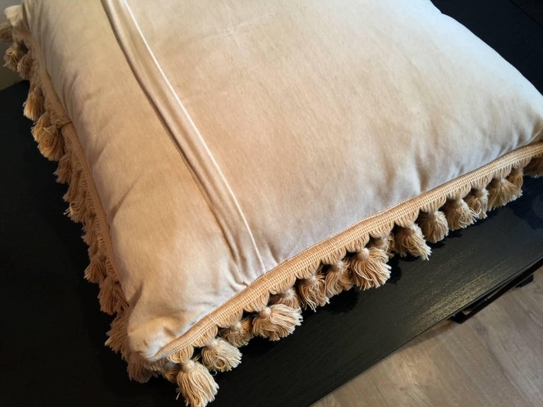 Decorative Pillows, Vintage French Style Aubusson Style Pillow Cushion In Excellent Condition For Sale In Hampshire, SO51 8BY