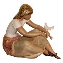 Decorative Porcelain Figure by Lladro, Young Lady with Pigeon